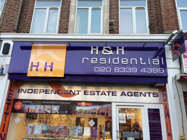 Make Your Business Stand Out in Kent With A New Shop Fascia